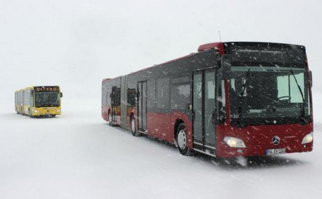 Bus Snow